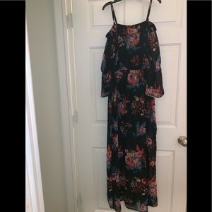 Women's black floral long maxi dress L As U Wish